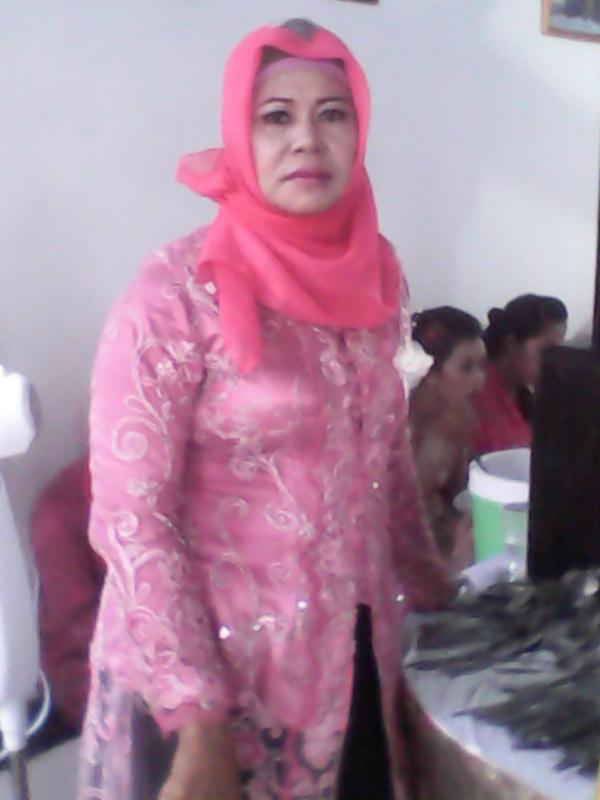 Foto Tante Tua Tudung - Download Bokep Indonesia Gratis